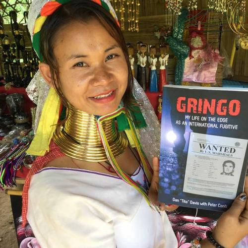 Northern Thailand long neck lady loves Gringo