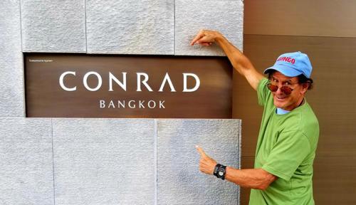 Dan Tito Davis in Bangkok Thailand